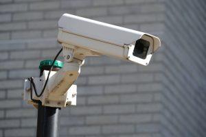 嫌がらせの証拠を記録する為に防犯カメラを設置する
