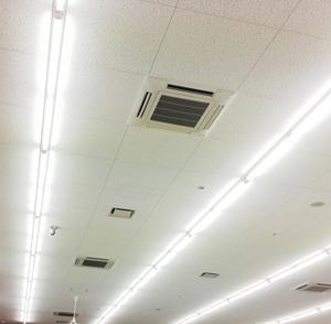 室内蛍光灯のちらつきを軽減するフリッカレス機能