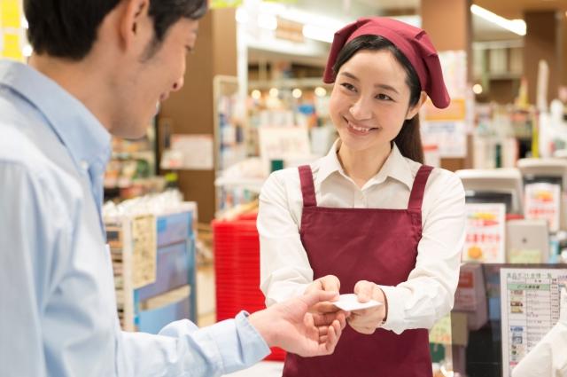 店員から積極的に声掛けをして、見られていることを意識させる